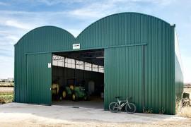 Hangar de stockage largeur 12.80 m